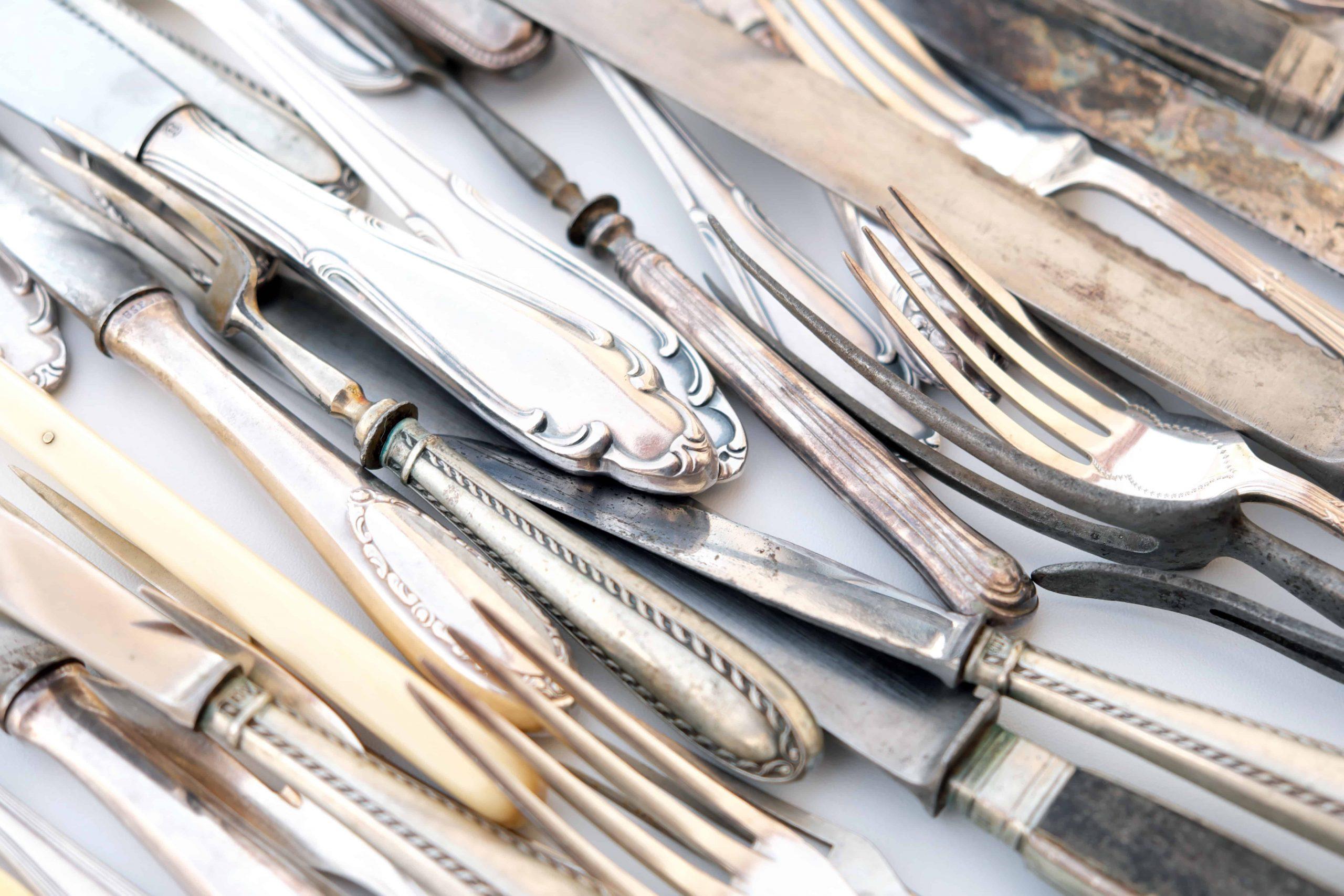 Silber reinigen: Die 15 besten Tipps zur Silber Reinigung für Zuhause